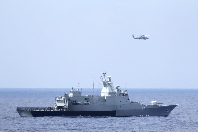 Search for missing Malaysian plane expands to the Indian Ocean
