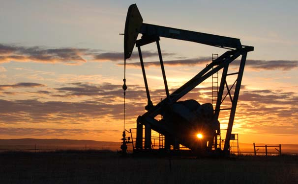 Oil prices drop towards 11-year lows