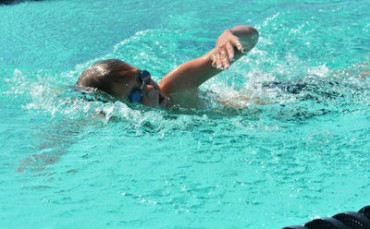 Nine-year-old sets swimming record in US