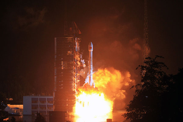 China launches its first mobile telecom satellite