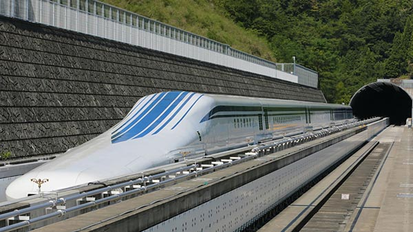 fastest_maglev_train_japan