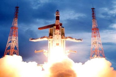 ISRO successfully launches 31 satellites in one go