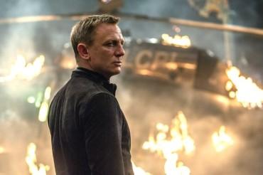 Daniel Craig to return as James Bond for new film