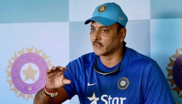 Ravi Shastri named India's coach until 2019