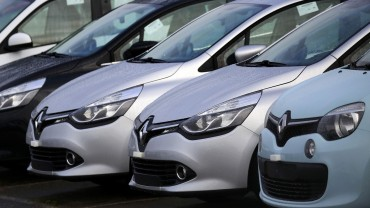 Renault-Nissan becomes the world's largest carmaker
