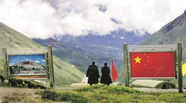 India and China border stand-off threatens peace