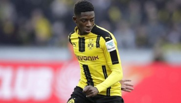 Barcelona sign Dembélé to make him 2nd most expensive player