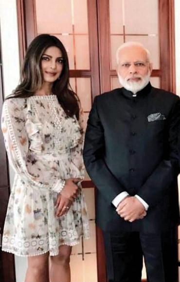 Priyanka & Modi named influencers of 2017 by LinkedIn India