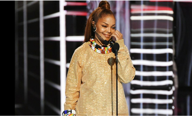 1st black woman to win Billboard Icon Award