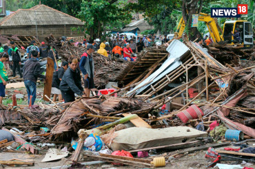 Rescue mission continues after tsunami hits Indonesia