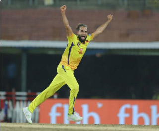 Imran Tahir becomes 4th spinner to take 300 wickets in T20 cricket