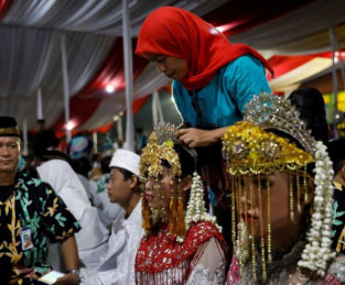 Indonesia raises legal marriage age for women from 16 to 19