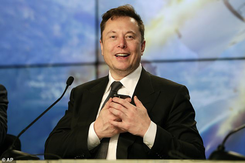 Musk  becomes the world's 3rd richest
