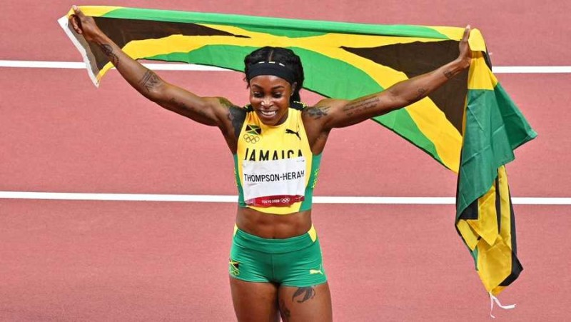 The first woman in history to win 100m, 200m golds in 2 consecutive Olympics